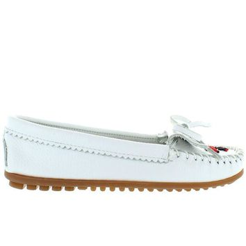 VONES2C Minnetonka Thunderbird II - White Leather Beaded Moccasin
