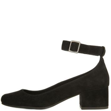 DCCKLP2 Steve Madden for Women: Wales Black Heels