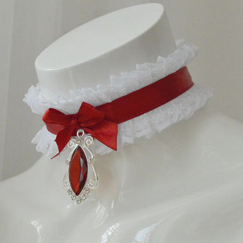 Gothic collar - Vampire countess - kitten play ddlg princess white and blood red choker with victorian pendant - halloween costume