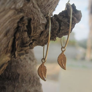 Small Gold Leaf Hoop Earrings Inspired by Kate Middleton
