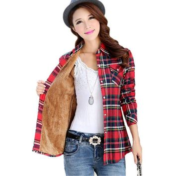 DCCKHY9 2016 new women's winter fashion casual warm wool shirts blouse / Women's long sleeve plus velvet plaid shirt