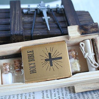 Miniature Vampire Hunter / Killing / Slaying Kit with Secret Wooden Box
