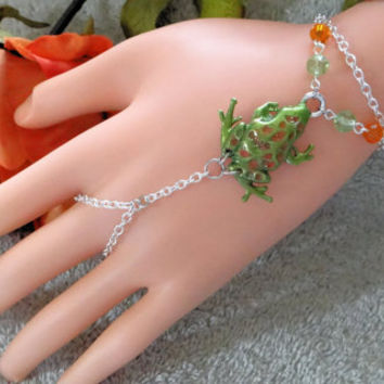Slave Bracelet, Frog , Hand Chain, Infinity Ring, Bracelet Ring, Finger Bracelet, Hand Harness, Hand Jewelry,  Silver, Green