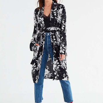 UO Floral Robe | Urban Outfitters