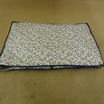 Cover Ups Dish Case 18in L x 12in W x 1in H White/Blue Floral Plastic -- Used