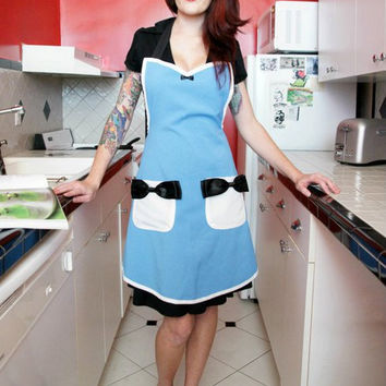 Alice in Wonderland cosplay costume pin up apron
