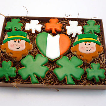 Decorated Cookies - St. Patrick's Day - Medium Gift Box