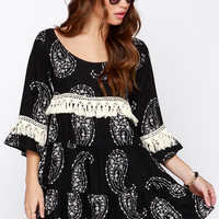 Lucy Love Vacation Forever Cream and Black Print Dress
