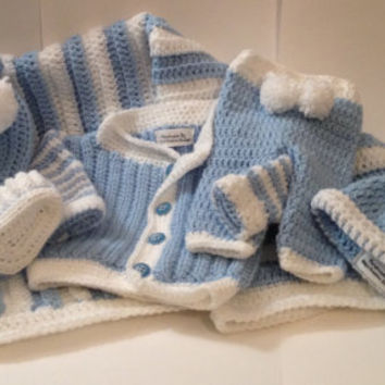 "Newborn Baby Outfit with 30"" x 32"" Blanket - Any Color Combo"