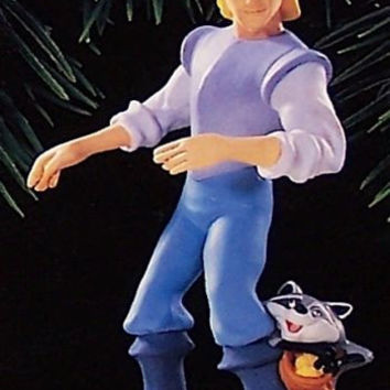 Hallmark 1995 Captain John Smith and Meeko - DB