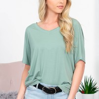 Gorgeous Basic Top | Green