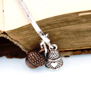 Peter Pan Kiss Bookmark with Acorn & Thimble Charms