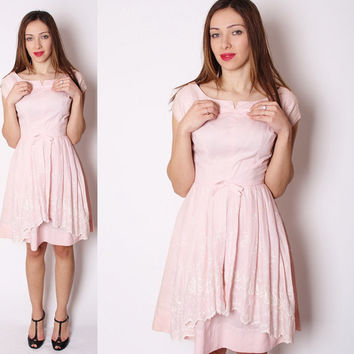 Vintage 1950s Pastel Pink Short Cotton Dress with Handkerchief Lace Hem / Baby Pink / Pastel Pink / Pink Cotton 50s Dress / 1804