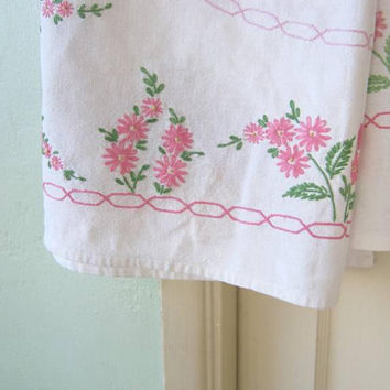 "Green/Pink Daisy Embroidered White Vintage Tablecloth w/ Pink Chainlink Border; 41 x 45"" Rectangular Shabby Chic Cotton Tablecloth"