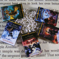Percy Jackson and The Heroes of Olympus Miniature Classic Novels Book Charm Bracelet