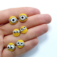 "Minion studs ""despicable me"" earrings, one-eye, two-eyes, choose your style, polymer clay, fimo,  youfimo"