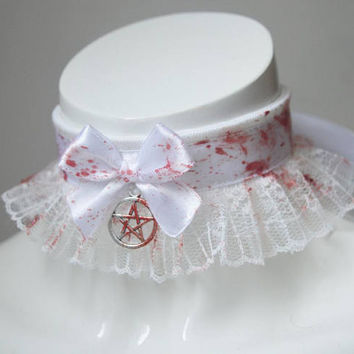 Gothic choker - Possessed one - white halloween kitten play collar necklace with pentagram pendant and artificial blood painted on it