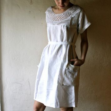 White linen Tunic Dress by larimeloom on Etsy