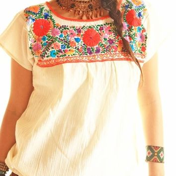 Flores vintage Mexican embroidered tunic blouse