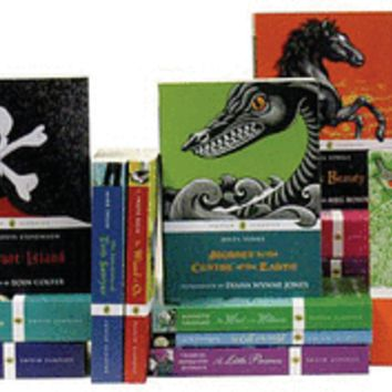 Puffin Classics 16 Book Set - Paperback - The Scholastic Store