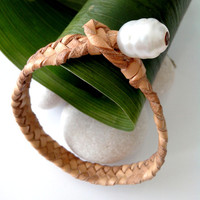 Australian pearl, braided australian leather, woman bracelet, genuine south australian white pearl