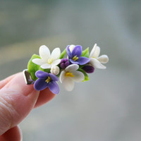 Spring flower hair clip - flower hair accessory. White, bllue, lilac hair flower. Spring Wedding. Floral hair clip. Polymer clay flower clip