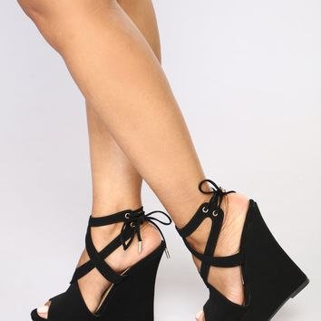 Double Crossed You Wedges - Black