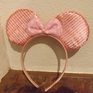 MINNIE MOUSE EARS Headband Light Pink sparkle sequin accented with light pink/white polka dot Bow