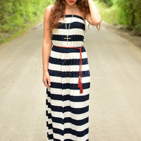 TIMELESS TRENDS MAXI DRESS