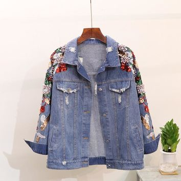 Trendy 2018 New Spring Autumn Women's Shoulder Bead Sequins Denim Jacket Loose Outwear Female Students Embroidered Jeans Coat AT_94_13