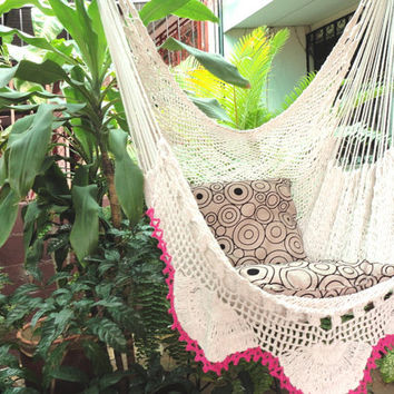 Beige and fucsia edge Hanging Chair Natural Cotton and Wood plus Simple Fringe