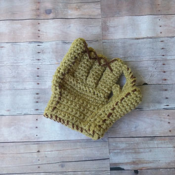 Baseball Glove - Sports glove - Crochet Glove - newborn photo prop - baby - infant - baby costume - boy - Girl