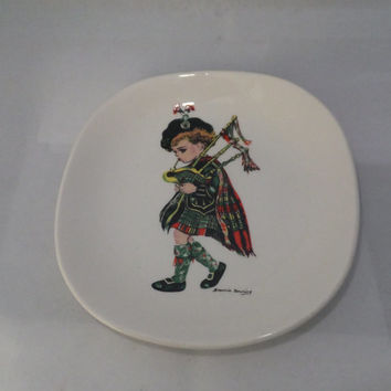 Brownie Downing Dish - Bagpiper, J.H. Weatherby, English Ceramic, Australian Artist