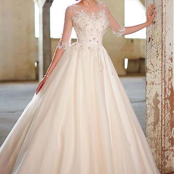 [151.99] Elegant Organza & Tulle Bateau Neckline Natural Waistline Ball Gown Wedding Dress With Beaded Lace Appliques - dressilyme.com