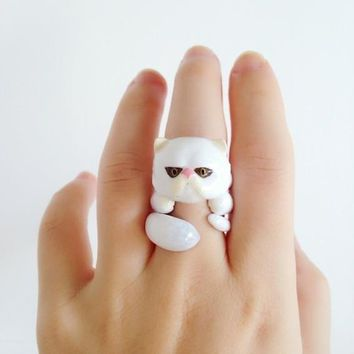 Mary Lou White Persian Cat Trio Ring