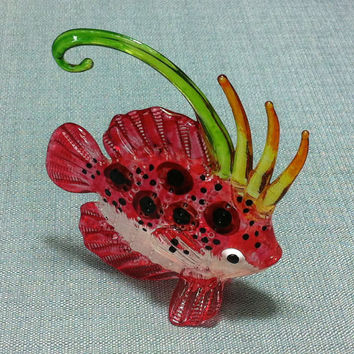 Hand Blown Glass Exotic Fish Sea Animal Cute Tiny Red Orange Green White Figurine Statue Decoration Collectible Small Craft Hand Painted