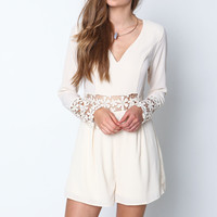 IVORY DAISY BLOOM CROCHET ROMPER