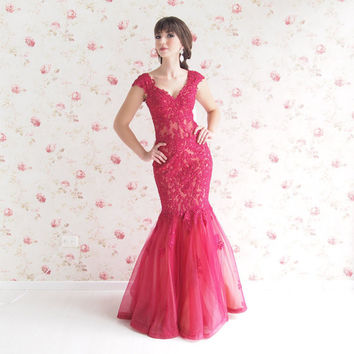 Mermaid lace and tulle burgundy evening prom dress