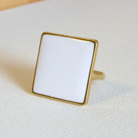 Modern Forme Carrée Ring