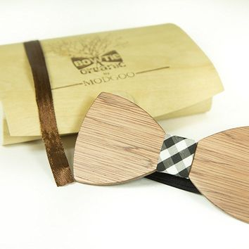Modgoo Organic Wood Bow Tie Ryan Burberry pattern black and White