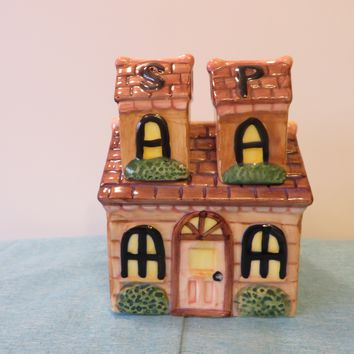 Vintage ALCO Hand Painted Salt & Pepper Shakers Home Cottage