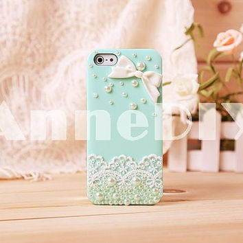 cover, phone case, bowknot themed iPhone cover, cute iPhone 5 case, iPhone 5 cover with pearl, iPhone 4s case, handmade iPhone 4 cases