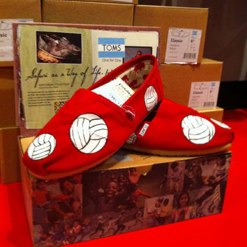 Volleyball Custom Toms