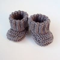 Crochet Baby Girl Shoes Booties Gray/ Listing for Newborn/ Ready to Mail/ Kids Fashion/ Kids Clothing/ Fall Fashion
