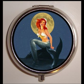 Mermaid in the Moonlight Pinup Pill box Pillbox Case Holder Trinket Box Sweetheartsinner NEW