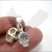 white skull ring,sterling silver, pink silk and white stone- steampunk- gothic