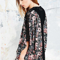 Pins & Needles Lace Insert Bloom Kimono - Urban Outfitters