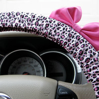 The Original Light Pink Cheetah Steering Wheel Cover with Matching Light Pink Bow