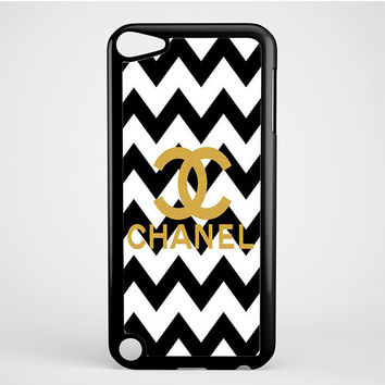 Gold Chanel Logo iPod Touch 5 Case