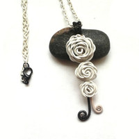 Roses Necklace, Wire Wrapped White Roses Pendant, Handmade Nature Inspired Jewelry, Wire Wrapped Jewellery, Wire Flower Necklace, OOAK